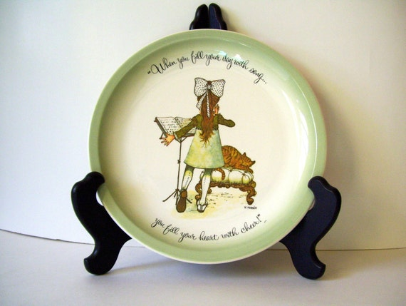 vintage collectible Holly Hobbie 1972 plate