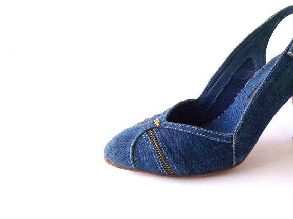 Vintage 80s Blue Denim Heels. Slingbacks. Retro Fashion. Boho Chic. Rockabilly Wear. Pumps.Size 6