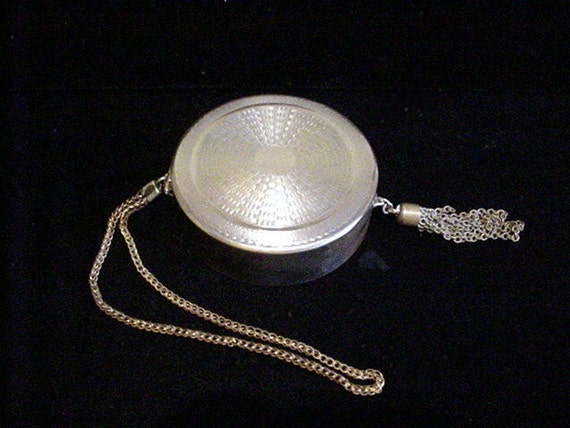 Antique Purse 1920s Dance Purse Powder Compact Art Deco Compact Wristlet Compact Silver Compact Purse