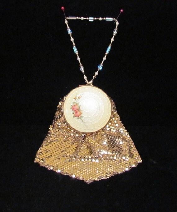 1930s Purse Mesh Purse Guilloche Purse Evans Purse Gold Mesh Purse OOAK Wristlet Purse Handbag Powder Compact Purse Vintage Purse