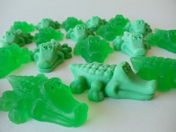 15 Alligator Soap - animal baby shower, alligator birthday favor
