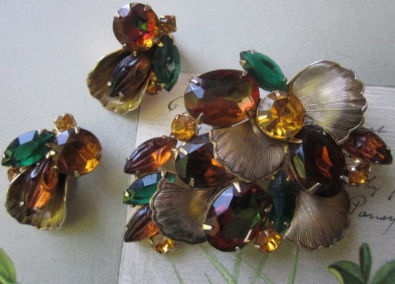 Vintage  Watermelon Amber Rhinestone Brooch & Earrings Set