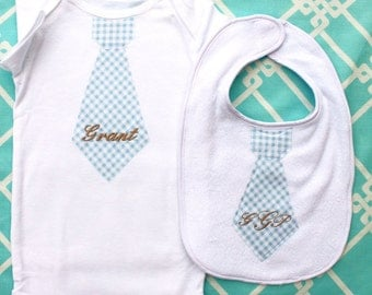 New Baby Boy Personalized Tie Birthday Gift Set.  Blue Gingham Personalized Tie Bodysuit and Tie Bib. Father's Day Cake Smash Baby Shower