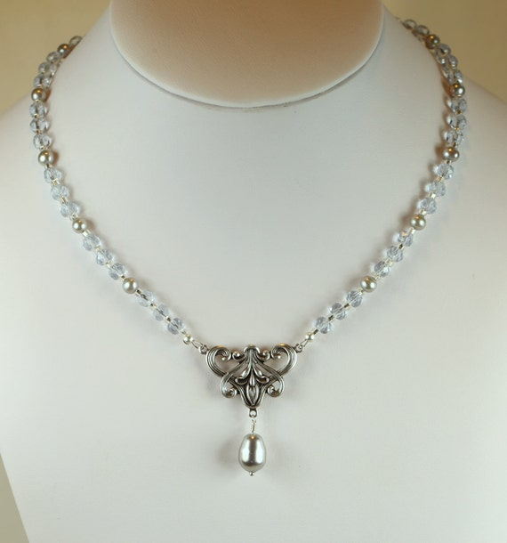 Art Nouveau Lavalier Necklace in Silver with Alexandrite Glass Beads and Pearls