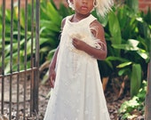 Sweet and Delicate Lace Flower Girls Dress