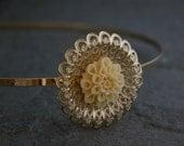 Floral Wedding Hair Piece, Wedding Hair Accessories,Antique Filigree Headband,Gold Antique Filigree Headband inlaid With Resin Flower