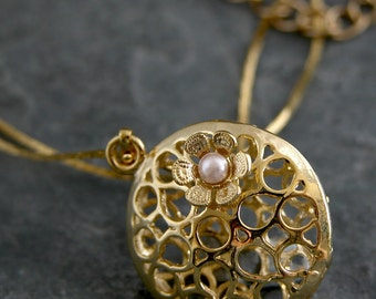 Unique Necklace, Gold round pendant with Filigree Flower and Petite Freshwater Pearl, Unique Gold Necklace