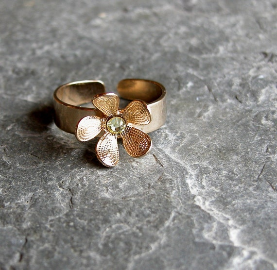 Gift For Her, Adjustable Ring ,Gold Flower Ring, Hand Made gold Ring With Sparkling Crystal,Bridesmaid Ring,Wedding Party ,Wedding Jewelry