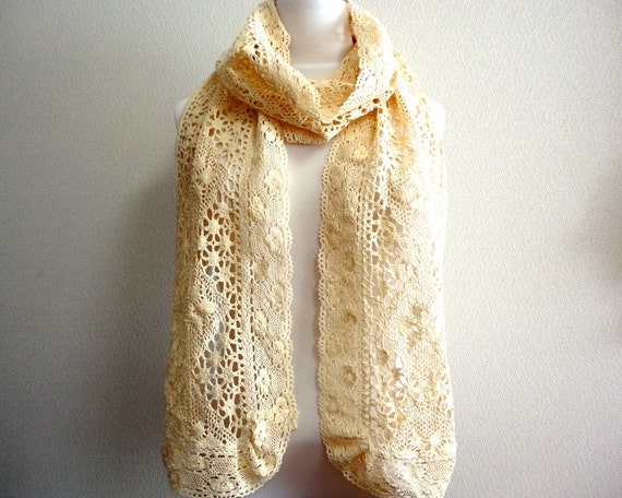 Spring Sale Cozy cotton lace scarf/stole Off-white Cottage chic
