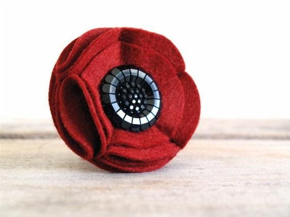Poppy Flower Brooch - Red & Black Felt Fabric