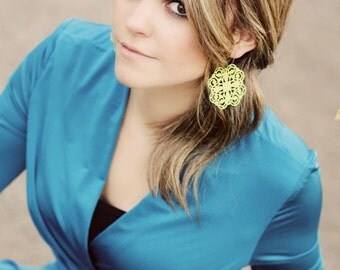 The PETUNIA - Yellow Filigree GORGEOUS Dangle Earrings- ANTHROPOLOGIE Style-  Bridesmaid Gifts, Stocking Stuffer, Family Pictures