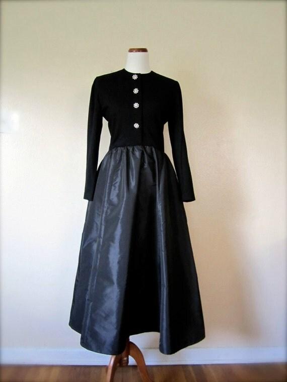 SALE Vintage Victor Costa Maxi Dress / 80's Party dress / Small / Fashion at Kiku Vintage Boutique