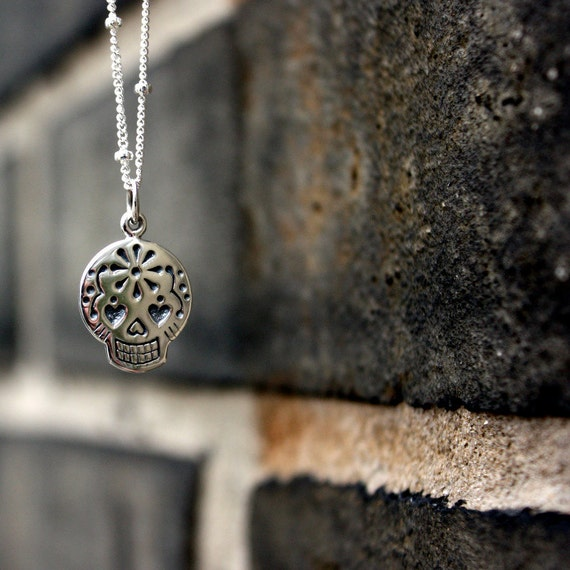 Sugar Skull Necklace - Day of the Dead Jewelry . Mexican Sugar Skull Pendant . Gift Ideas for Her