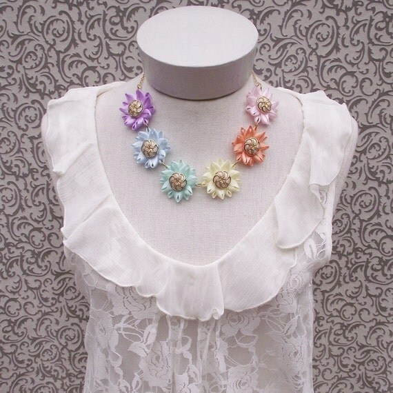 Pastel Rainbow Necklace - Pastel Flowers, Pastel Colors Flower Chain