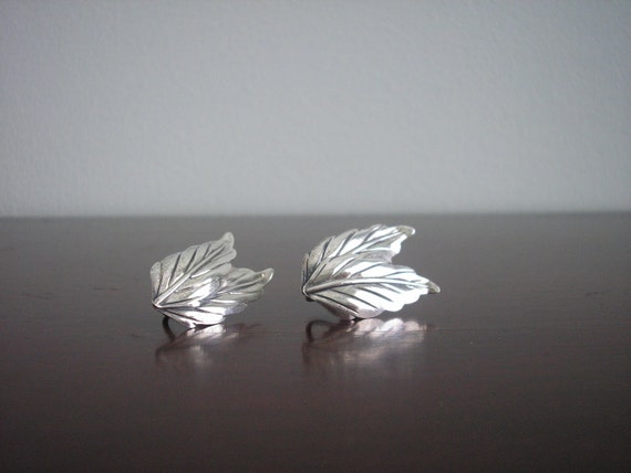 Vintage DANECRAFT Mid 20th Century Sterling Silver Double Leaf Earrings