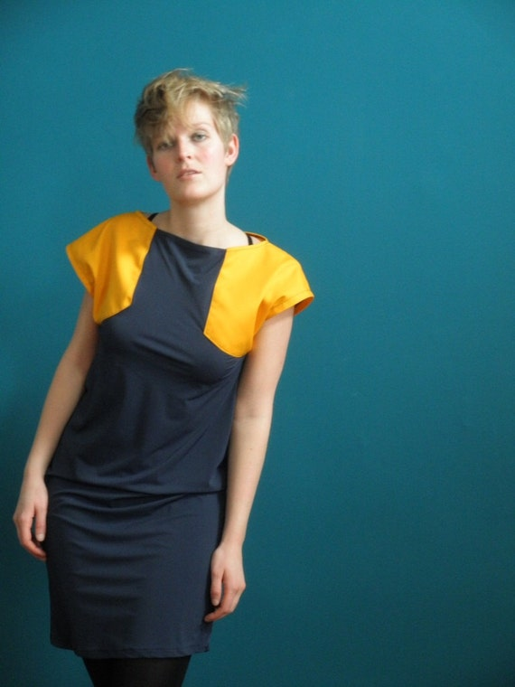 50 % DISCOUNT colorblock dress cap sleeve marine blue/ deep yellow