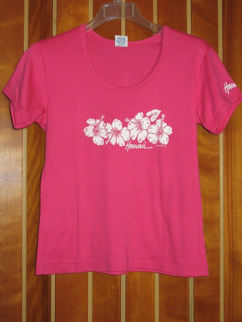 1980s hot pink hawaiian graphic t shirt for Hawaiian graphic t shirts