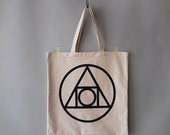 """Made to Order, Off White Canvas Shoulder Bag, Beach Tote : """"Quintessence"""""""