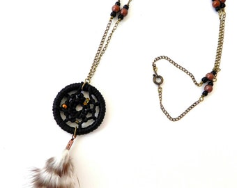 Dark Dreams | A Dreamcatcher Necklace