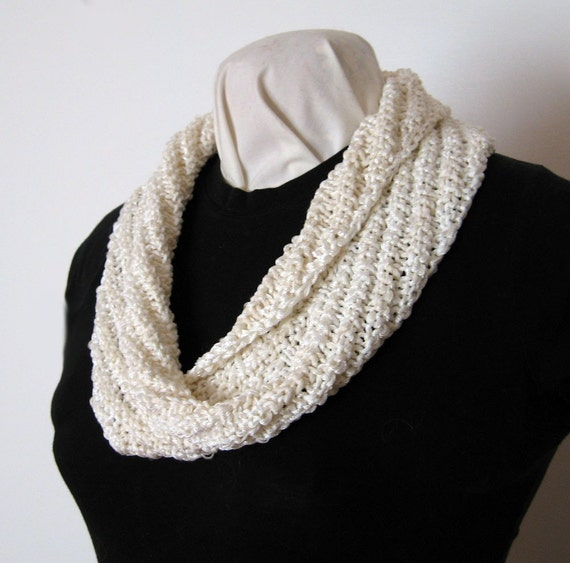 Hand Knit Mobius Cowl Diagonal Rib Cream with Irridescent