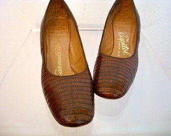 1960s Pumps / Vintage Leather Chunky Heels / leapin' lizards