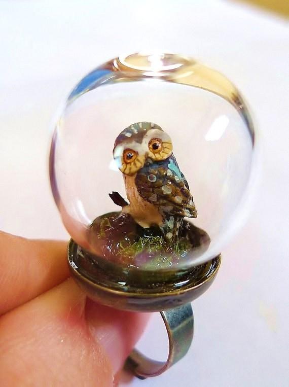 Curious Owl Ring. Miniature Grass Animal Snow Globe Pyrex Farm Moss organic jungle woodland fairy magic mushroom feathers 1970s