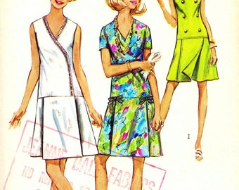 1970s Bust 37 Misses Dress Vintage Sewing Pattern Asymmetrical Pantdress Jumper Simplicity 8849 c 1970 70s