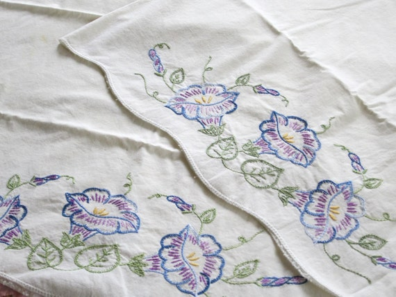Vintage Pair Stamped Pillow Cases - MORNING GLORIES - Ready for Crochet Edging