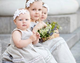 Rustic flower girls dresses - Weddings 3 flower girls dresses and headbands - Set of 3 linen dresses and flower headbands - Country weddings