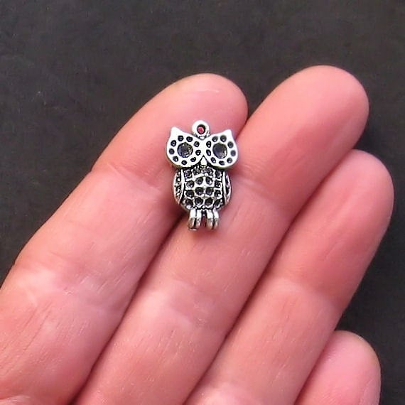 8 Owl Charms Antique  Silver Tone Adorable Baby Owls - SC731