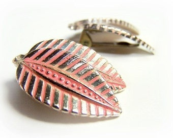 Antique Leaf Earrings in Coral, Florida style, Pink and Silver Clip On Earrings, 1950's Fifties Sixties