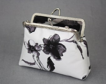 Clutch Purse - Bloom in Snow - Cotton Fabric (Metal Frame with Wristlet and Bag Belt)