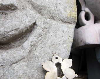Indonesian Antique Style Brass Flower Keyhole Escutcheons 2pcs