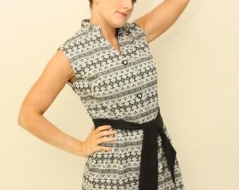 Vintage 1960s Silver / Black geometric mini dress