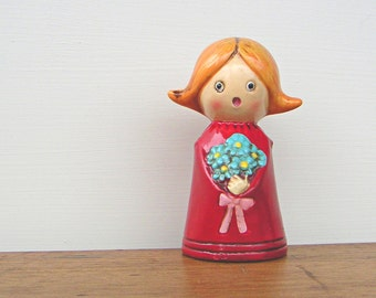 Vintage Wolin Figurine Girl and Flowers Japan