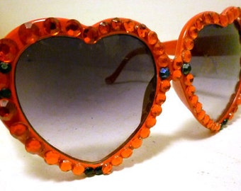 Heart Sunglasses w/Red & Blk Crystals