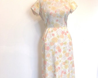 Pastel Carnation Wiggle Dress / Sweet Secretary