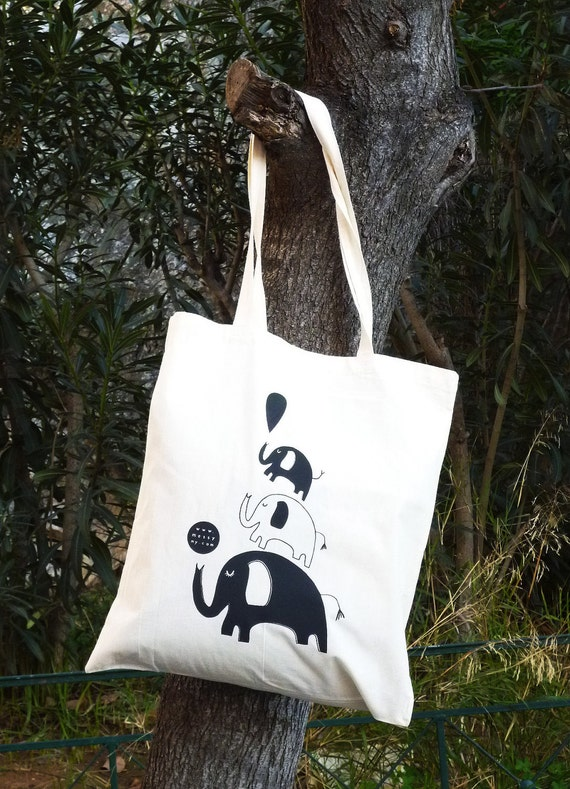 Elephant tote bag in black (limited edition).