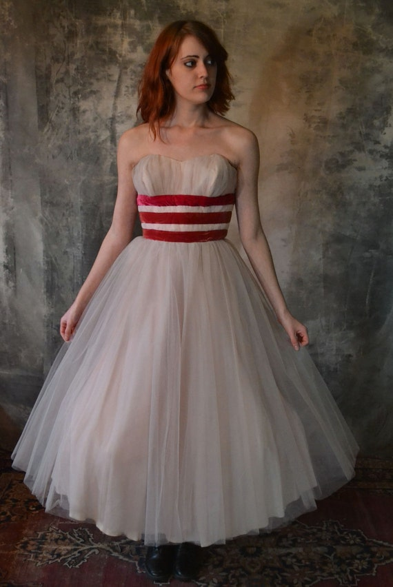 1950's Pale Pink Tulle Party Dress w Velvet Ribbon Stripes
