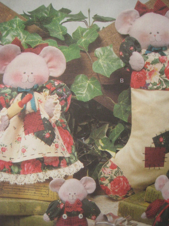 Butterick 6383 Sewing Pattern, Stuffed Mice, Merry Mice Cover Ups,  Luv N Stuff, Craft Pattern, Christmas Pattern, Stockings, Ornaments