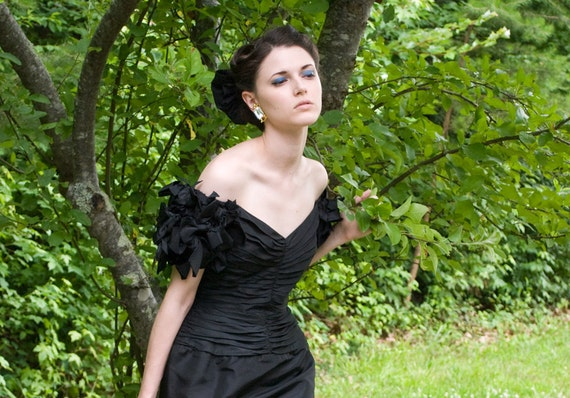 80s - The Empress - black origami off the shoulder gown - size  s