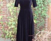 Gorgeous 1970s Laura Ashley Black Velvet Evening Dress Long UK 12 US 6 8