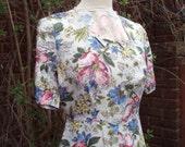 Pretty 0riginal 1940s floral day dress UK 10 12 US 8 10