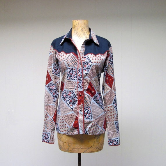 Vintage 1970s Blouse / 70s Kenny Rogers Patchwork Print Western Shirt  / Medium