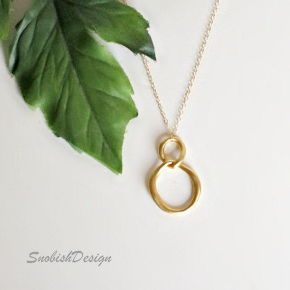 Interlocking Circle Necklace, Minimal Necklace, Best Friend Necklace, Friendship Necklace, Dainty Necklace, Sister Necklace, Gifts under 25