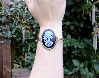 Day of the Dead cameo bracelet, blue on black