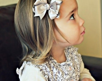Beautiful Silver Sparkling Hair Bow Clip
