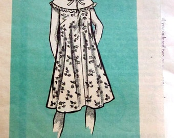 Marian Martin Mail Order 9436 Misses' 70s Dress with Wide Collar Sewing Pattern Size 12 1/2 Bust 34