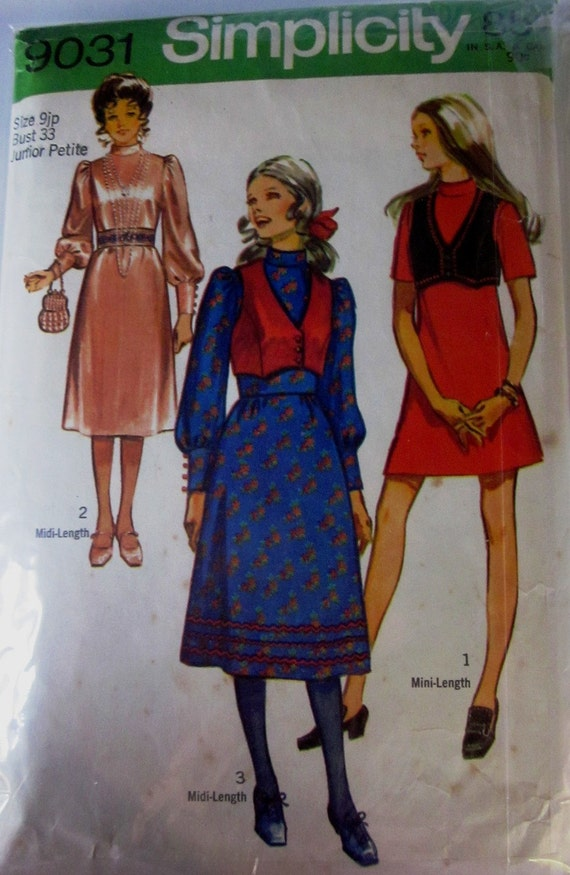 Simplicity 9031 Womens 70s Knee Length and Mini Dress and Vest Jr Petite Sewing Pattern Bust 33