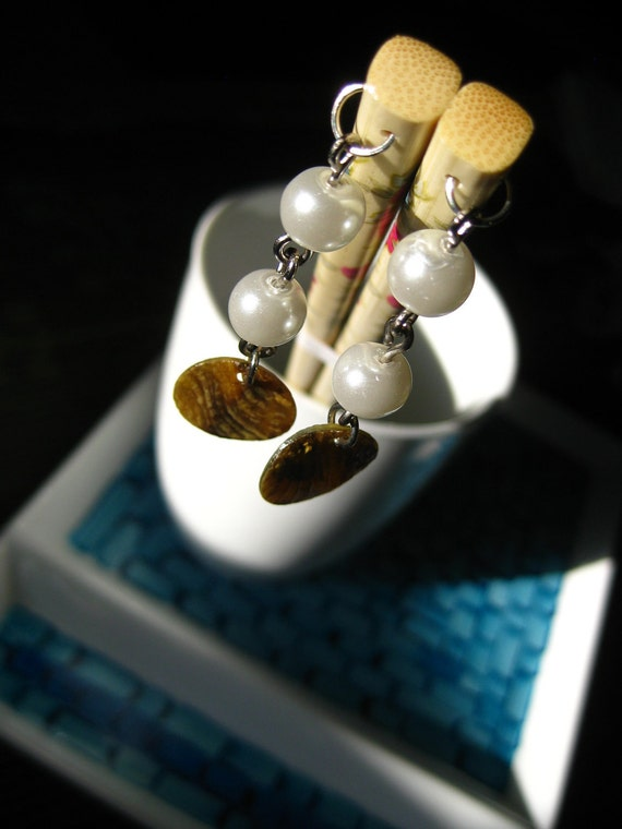 Charm Sticks- Fashion Chop Sticks- Floral  with Pearls and Shells